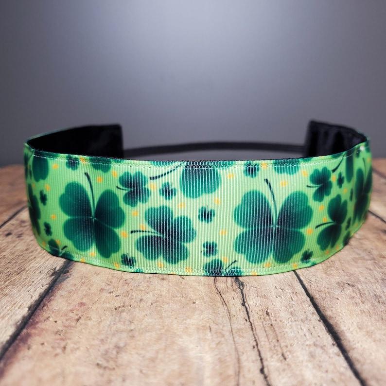 Green Shamrock Nonslip headbands for women no slip headband image 0