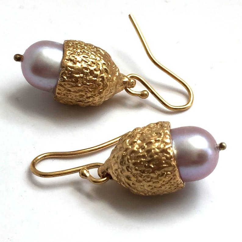 Acorn Top Natural Genuine Pearl Drop Dangle Teardrop Earrings image 0