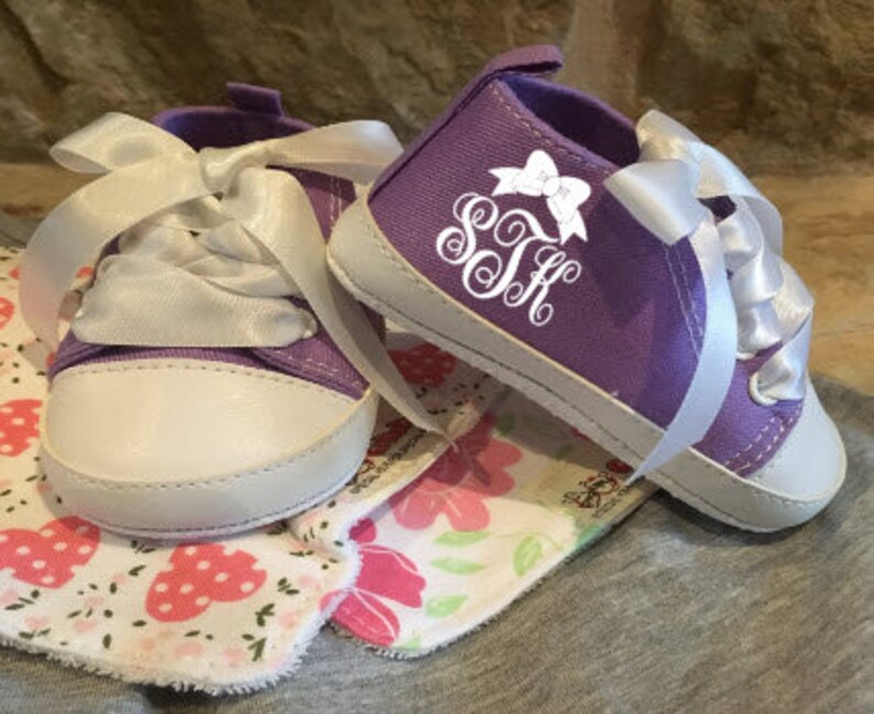 Custom Baby Shoes/Shoes/Baby Shoes/Birth Announcement/Baby image 0