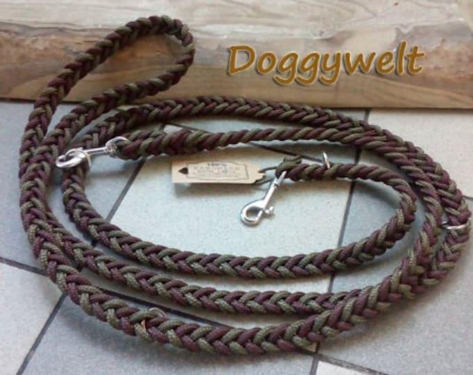 Tau dog leash - adjustable, flat knotted