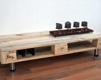 lowboard tv schrank kommode aus paletten mit 2 gro en. Black Bedroom Furniture Sets. Home Design Ideas