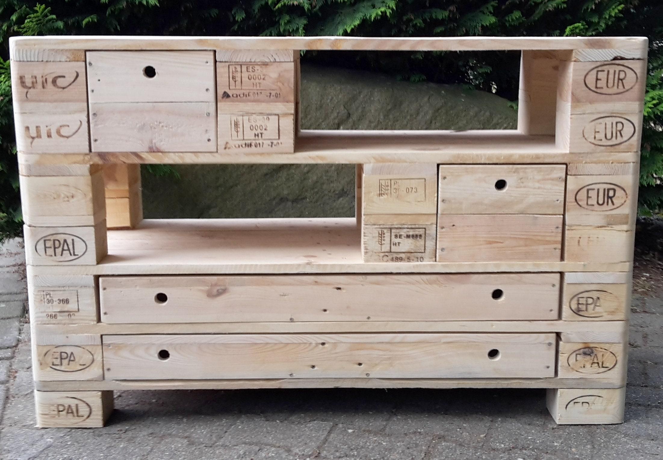 xxl sideboard tv schrank aus paletten palettenm bel etsy. Black Bedroom Furniture Sets. Home Design Ideas