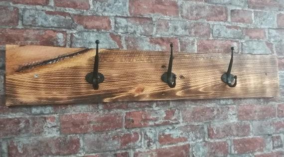 "Hook bar ""Baltrum"" with 3 hooks made of pallet wood"