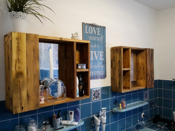 Bathroom cabinet / mirror cabinet / pallet furniture