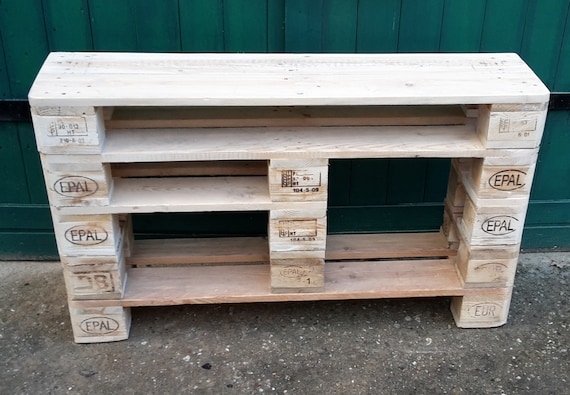 "Shoe rack ""Helte"" made of pallets with 2 extra high compartments / pallet furniture"