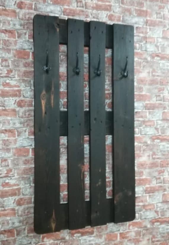 "Wardrobe ""Juist"" Dark Line with 4 hooks made of pallets / pallet furniture"