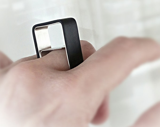 Square minimalist ring.Geometric silver ring.Urban square ring.Contemporary square ring.Modern geometric ring.Architectural black ring.