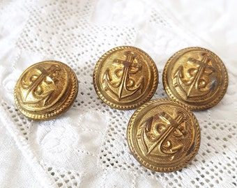 Royal Navy Buttons Identification