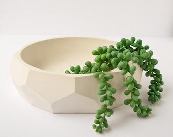 Large Concrete Bowl - Catchall Bowl - Succulent Planter - Cement Planter - Jewelry Dish - Modern Decor - Jewelry Holder - Minimalist