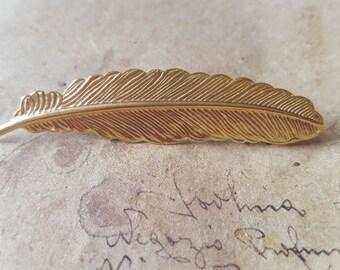 Feather Brooch ~ Golden-