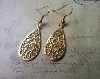 Filigree drop earrings ~ gold ~.