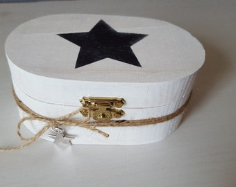 Oval jewelry box-Stern-