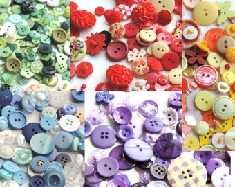Purple Pearlised  Buttons  X 10   Sewing//Costume//Crafts//Scrapbooking