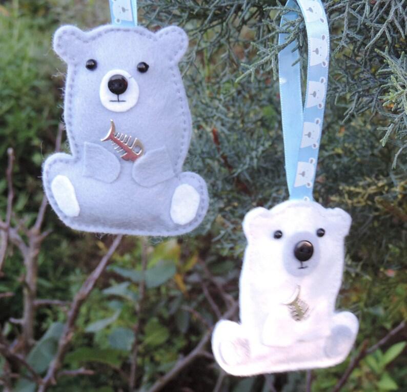 Handmade Felt ChristmasTwig Tree Decoration 2 x Felt Polar Bears with metal fish charm Postable gift idea