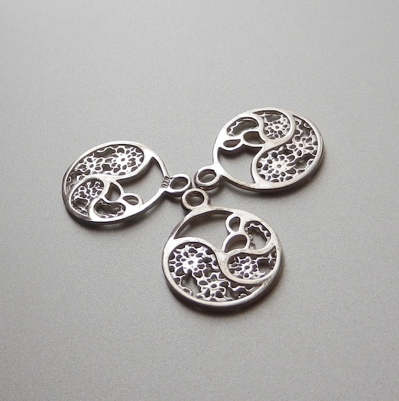 Sterling Silver Charm Filigree Circle Charm Filigree Charms Circle Pendant for Earrings Pendants and Bracelets