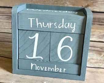 Dark Gray Wood Perpetual Calendar with Vinyl Lettering and Numbers  Rustic Hand painted Calendar, Office Decor, Rustic Desk Calendar