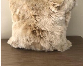 "20"" x 20"" beige alpaca cushion"