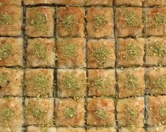 Turkish Homemade Baklava from Turkish Family - 24 oz (20-22  Square Baklava)
