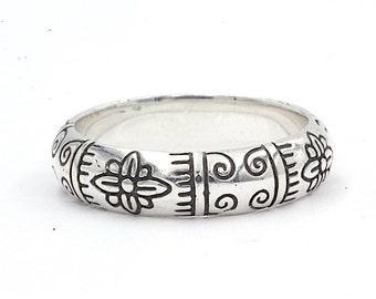 Sterling Silver Flower Ring (1383)