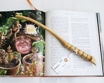 "Wand No. BI-002 - Birch 14 1/4"" 'Talon Handle' - Andovander's Wands - Harry Potter Inspired Magic Wand - Unique, Handmade, Real Wood"