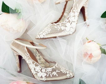 1cce6ef6bd47c Ivory White embroidered Lace Heels - Comfortable Wedding   Bridal Shoes -  Custom Available