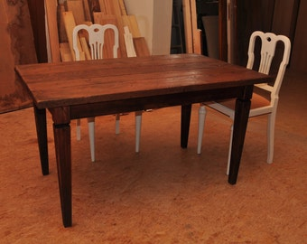 Oak table in rustic-used style