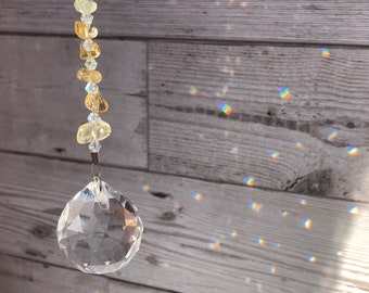 Citrine crystal sun catcher. Crystals for motivation and creativity. Beaded sun catcher gift. Gift for friend. Healing crystal citrine.