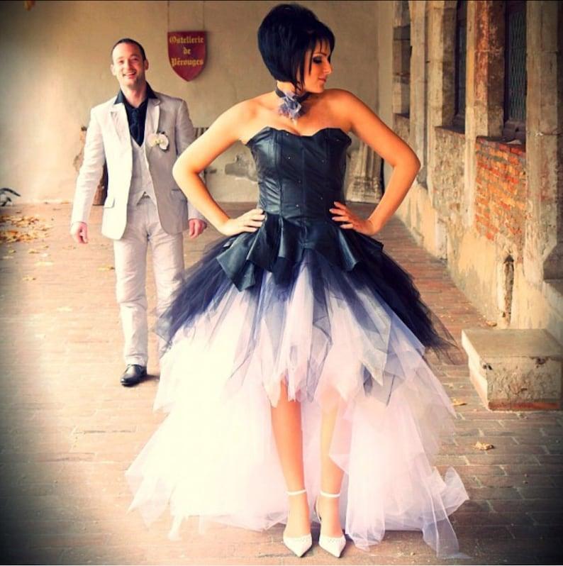 Star Snow White And Black Leather Wedding Dress
