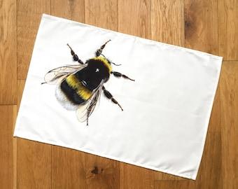 Bee Tea Towel   kitchen textiles   homeware   cotton tea towel   country kitchen   Bumblebee Tea Towel   Bumble bee