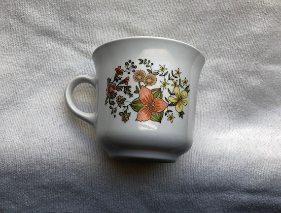 Corning Corelle Discontinued Cup Mug in Indian Summer Pattern as Replacement