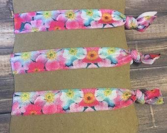 Flower Hair Ties Set of 3.Multi colored Hair ties. Floral Hair ties.