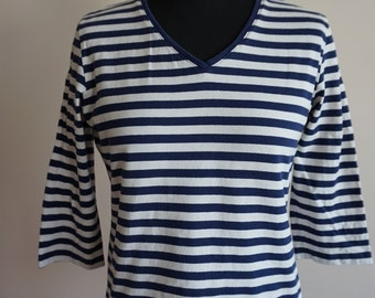 Vintage MARIMEKKO 100% Cotton V-neck white and navy striped 3/4 sleeve soft top, Made in Finland, size M