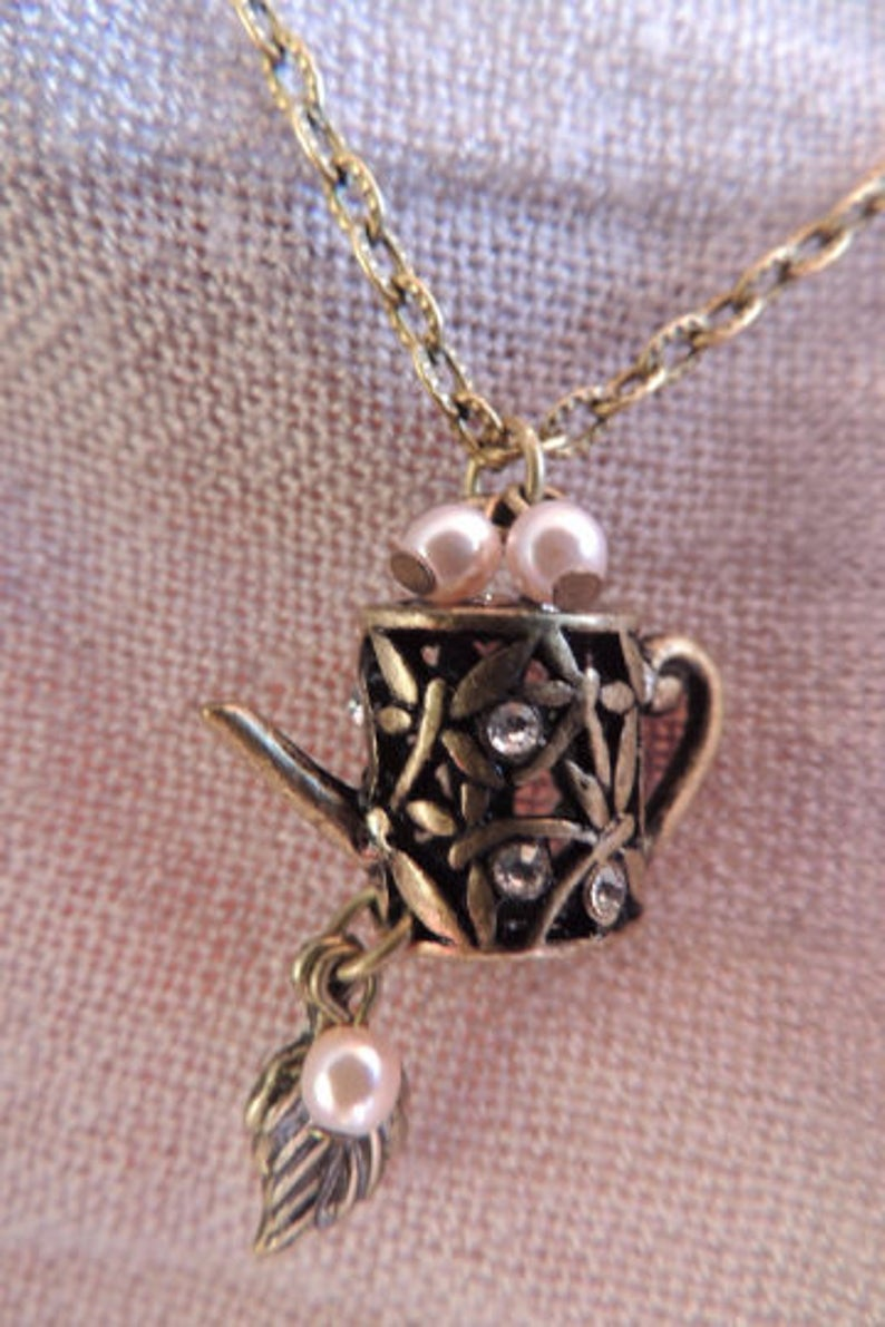 HANDMADE Boho Bronze Chain Watering can with a soft pink pearls chain 51cm