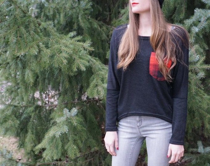 Women's Sweater with Plaid Pocket