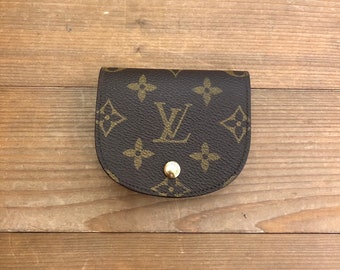 fe40ca6bc Authentic LOUIS VUITTON Monogram Coin Pouch