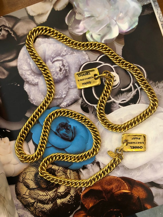 Authentic CHANEL Gold Plated Charm Necklace Belt