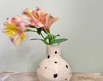 Enamelled ceramic pea vase