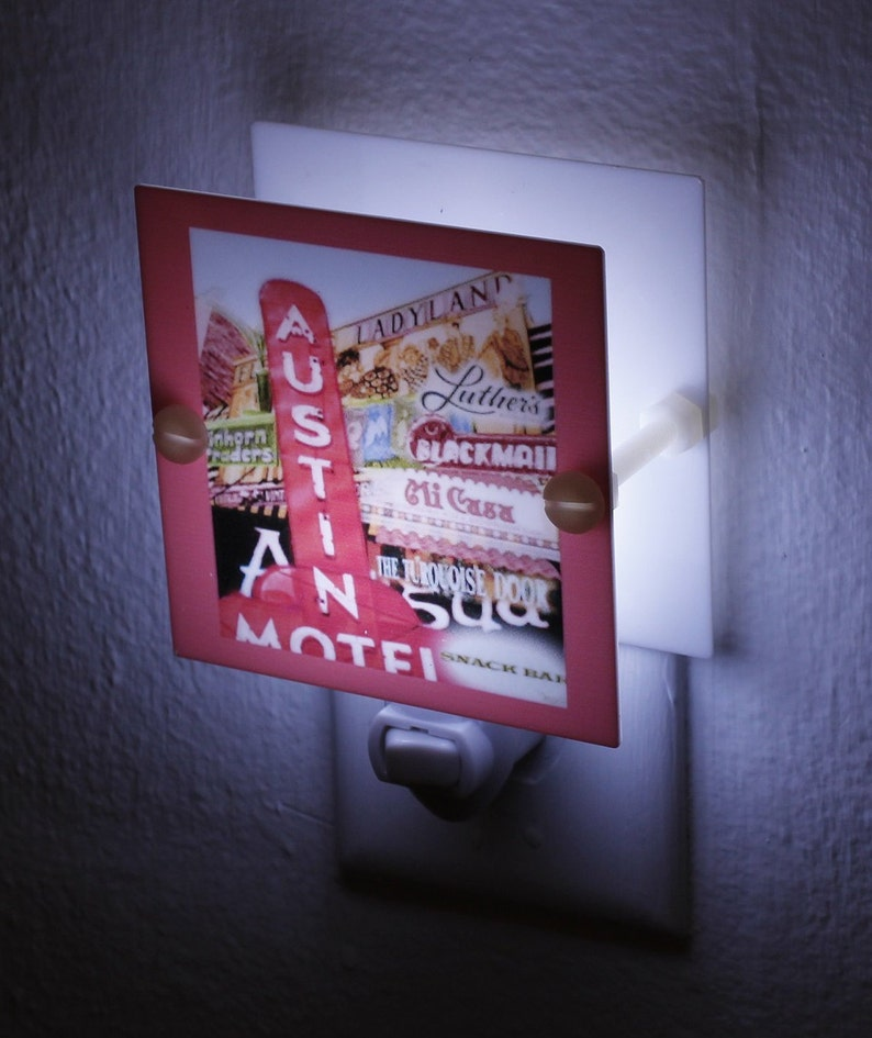 Austin Motel Night Light Souvenier Night Light Nostalgic Austin Memento  Square Plastic Hand Made with LED and Free Ship