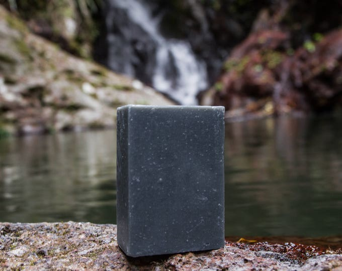 Cleansing Charcoal Macadamia Oil Bar (unscented)
