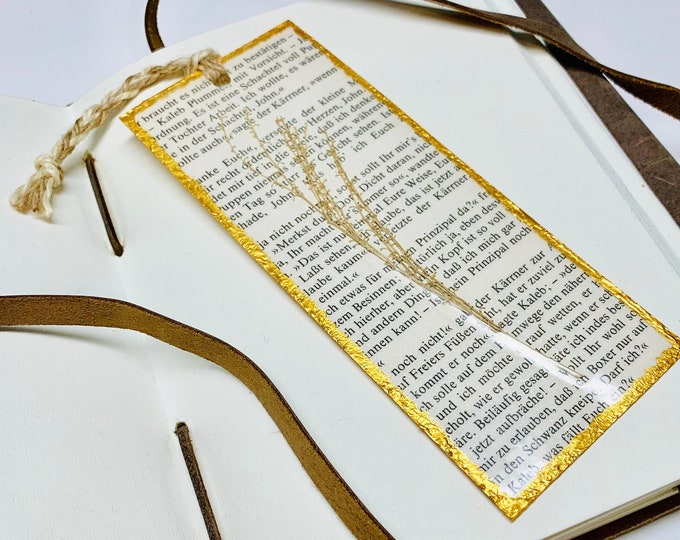 Pressed Flower Art - Pressed Flower Bookmark - Book Lover Gift - Handcrafted Bookmark - One Of A Kind Bookmark - Bookmark - Book Accessories
