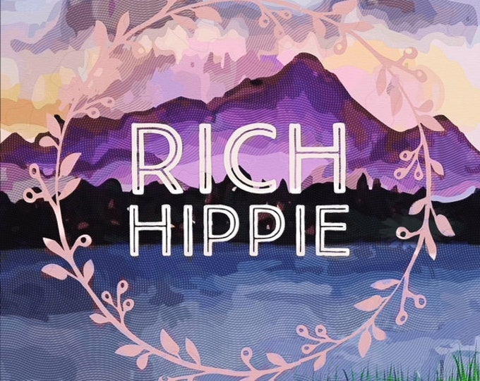 RICH HIPPIE Luxe Coconut Wax Candle with Wood Wick - Lavender, Teakwood, & Cardamom - Large 8 oz.