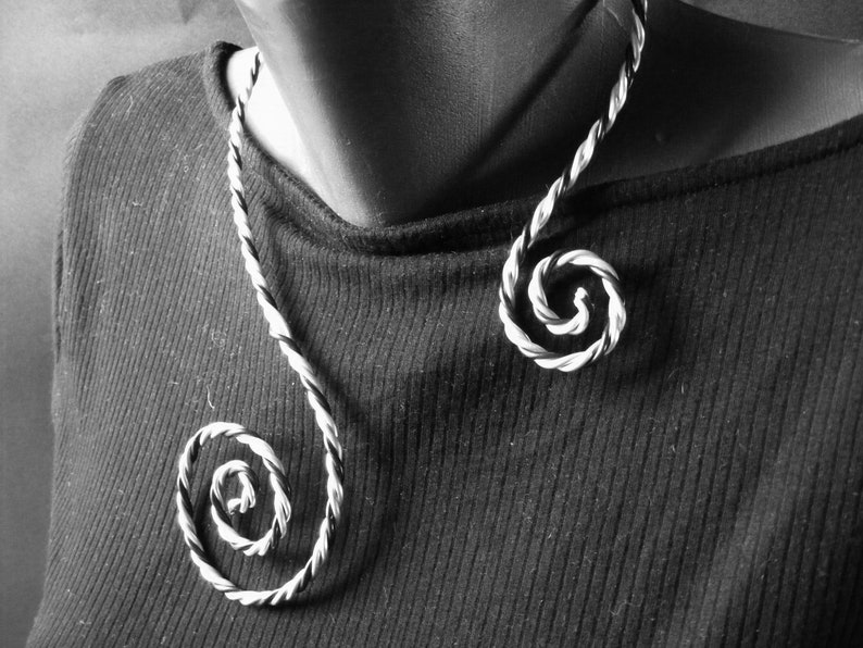 Wire wrapped jewelry Black and Silver color aluminum open spiral necklace Twisted spiral necklace Spiral necklace Minimalist style