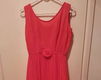 Vinage Pink Pleated Dress