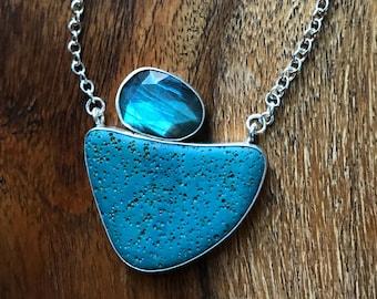 Leland Blue Slab with Rose cut Labradorite Necklace