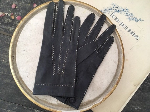 Vintage driving gloves from the 50's