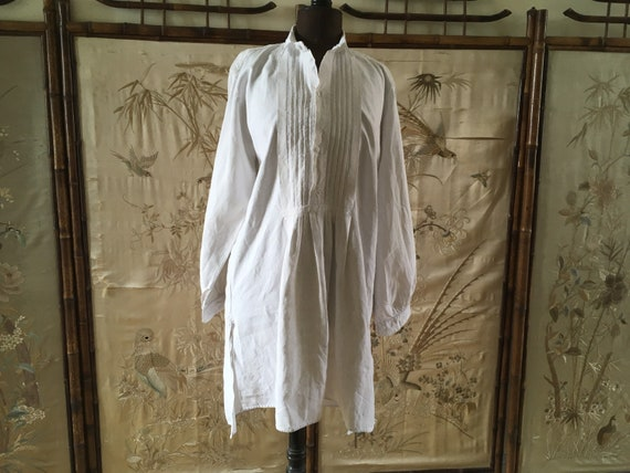 French rustic linen shirt with pleated plastron