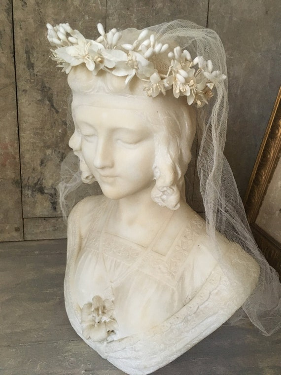 Antique wedding tiara with veil