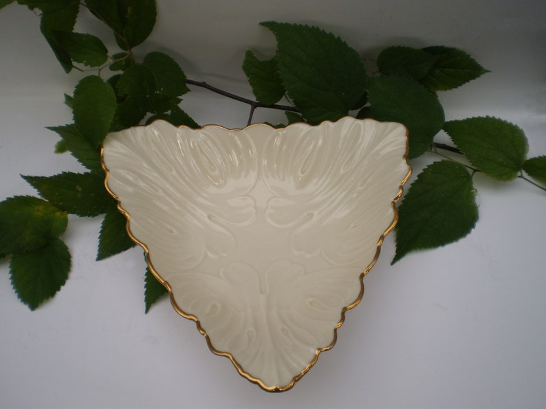 LENOX Fine China Triangle Embossed Bowl Candy Dish 24K Gold Trimming