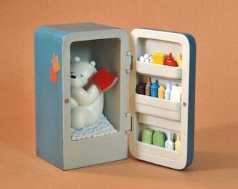 We bare bears | Goodnight ice bear | Ice Bear in fridge | figure We bare bears