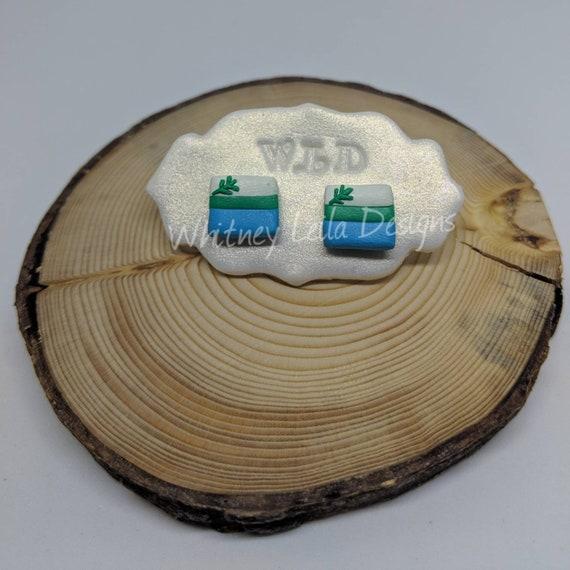 Handmade Polymer Clay Labrador Flag Studs